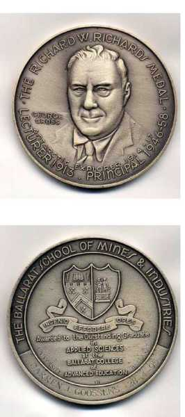 An example of the Richards Medal.